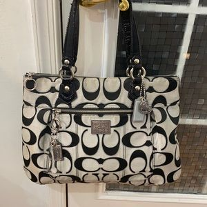 💕Coach poppy gray black silver x-large Tote bag💕